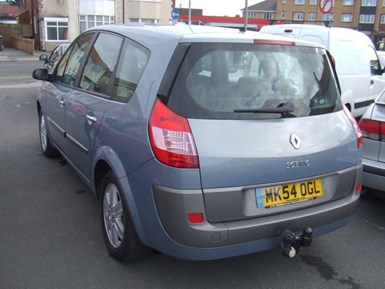 Renault Grand Scenic 1.9 dCi Diesel Dynamique 7 - Image 3