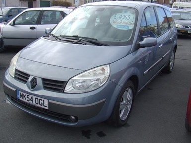 Renault Grand Scenic 1.9 dCi Diesel Dynamique 7 - Image 4