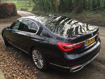 New BMW 7 Series review