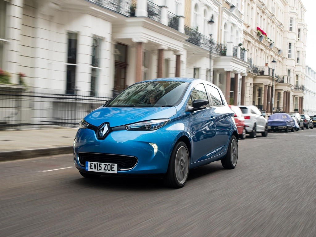 Renault Zoe E-Sport review, test drive of the all-electric ...