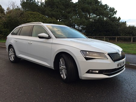 New Skoda Superb review