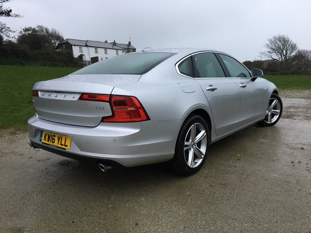 volvo s90 review read volvo s90 reviews. Black Bedroom Furniture Sets. Home Design Ideas